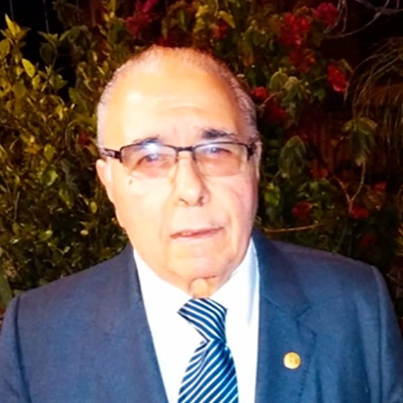 Dr. Marcos Tabaré Mauliá Tuana